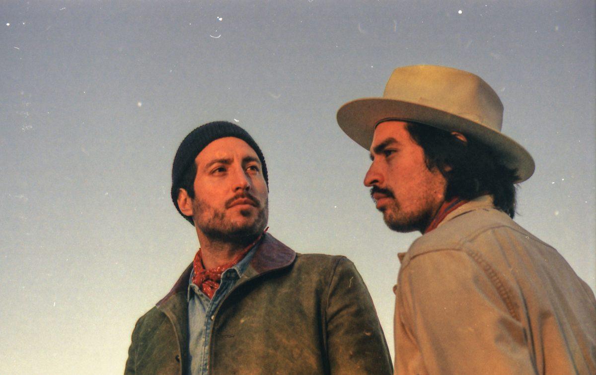 hermanos gutierrez desert