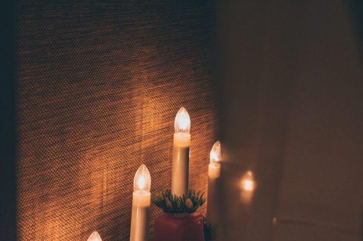 tradizioni natalizie: il candelabro dell'avvento